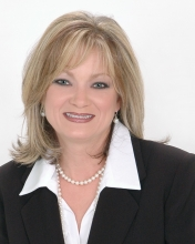 Jewell Dedeaux Biloxi Realtor Remax By The Gulf